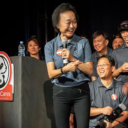 Peggy Cherng with associates
